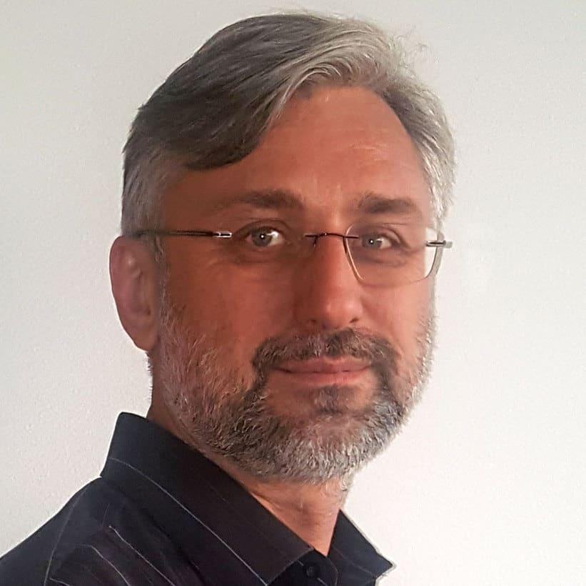 Pavel Rozalski, CTO, VUEMED